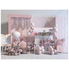 粉色背景展示墙